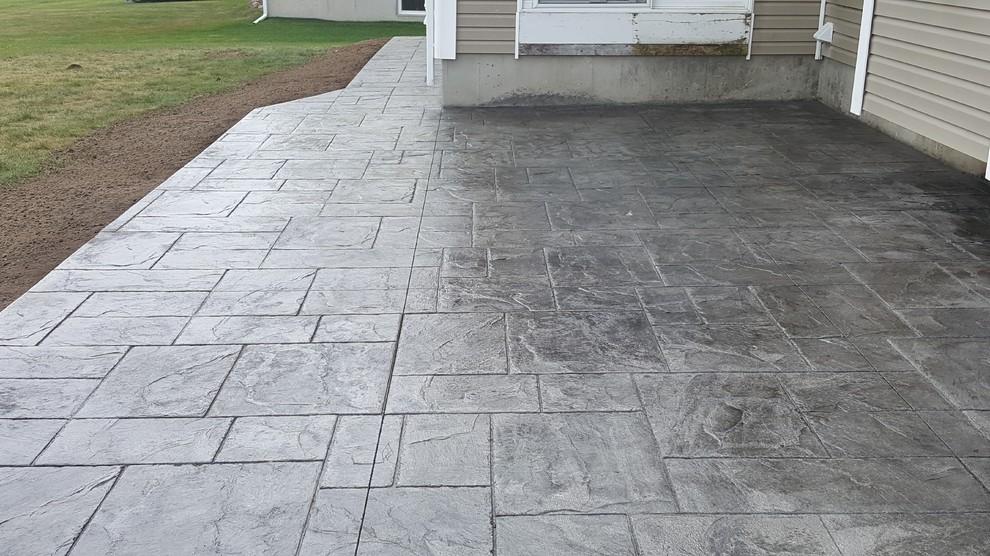 stamped concrete - bedford concrete crew 1